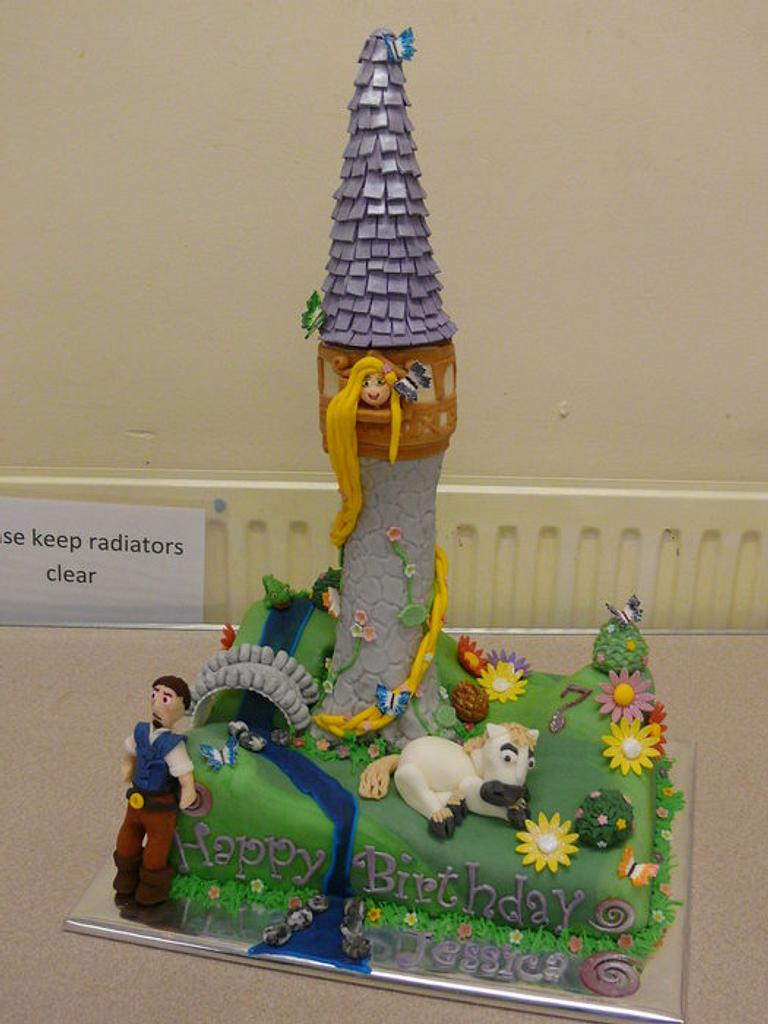 Tangled Birthday Cake by salco