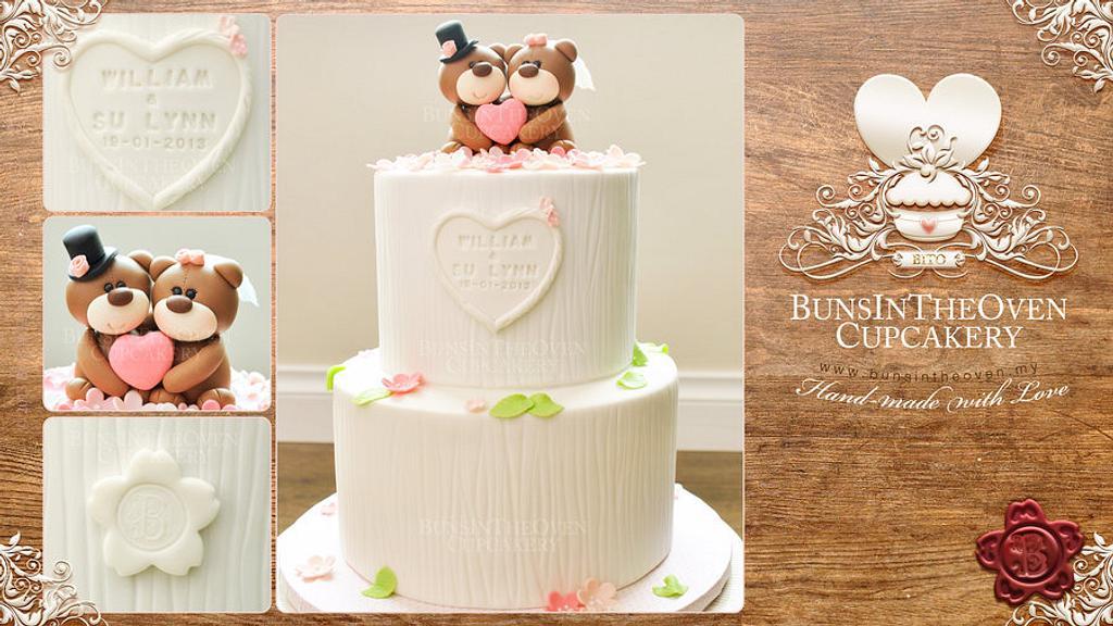 Beary Merry Wedding Cake by Sheryl BITO