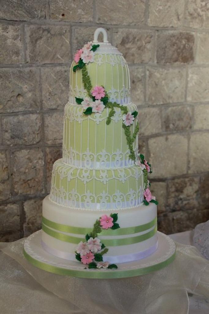 Vintage birdcage cake by Cakes o'Licious