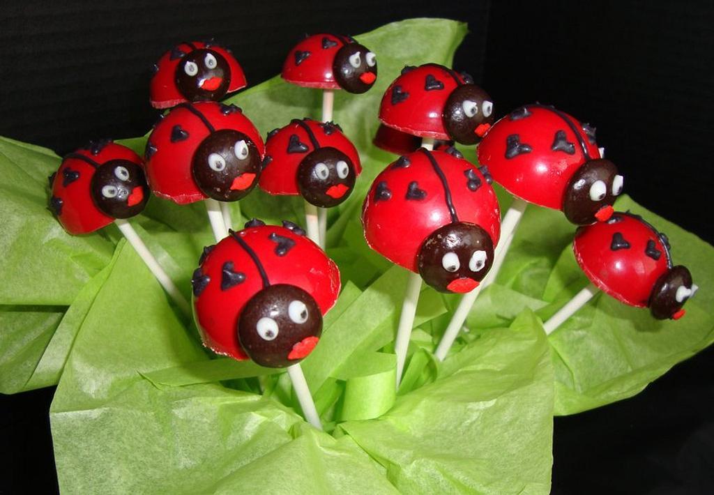 Lovebug Cakepops by SongbirdSweets