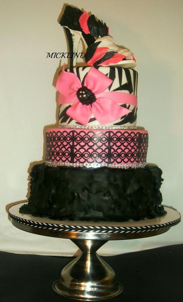 A SWEET 16 DIVA CAKE by Linda