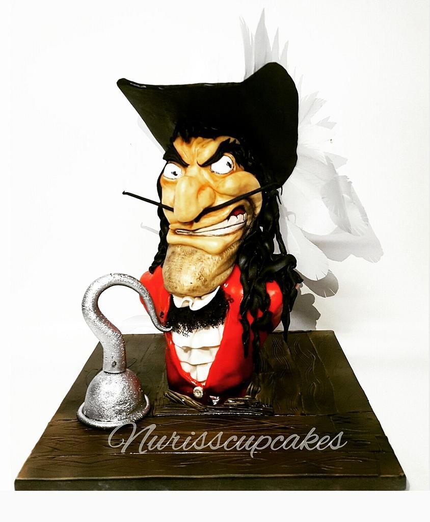 Cake Sculpture Garfio (Peter Pan) by Nurisscupcakes