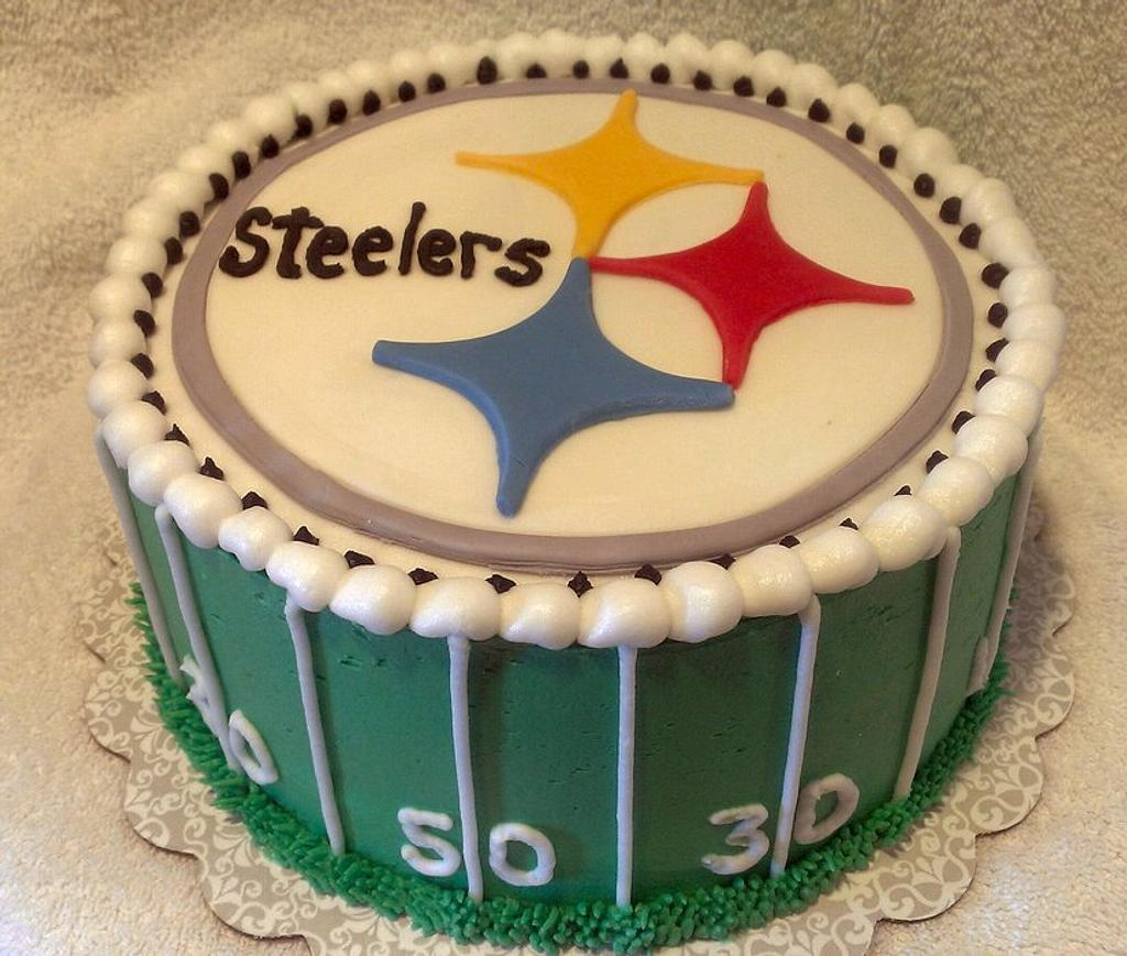 Pittsburgh Steelers Cake by Kristi