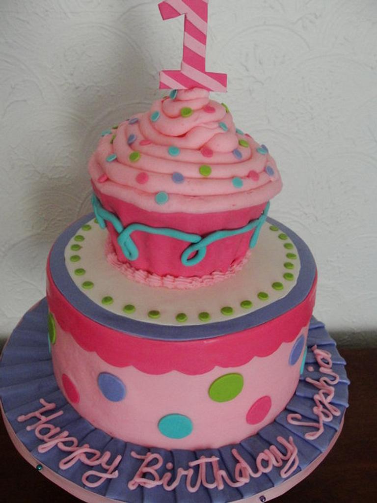Cupcake cake by Justbakedcakes
