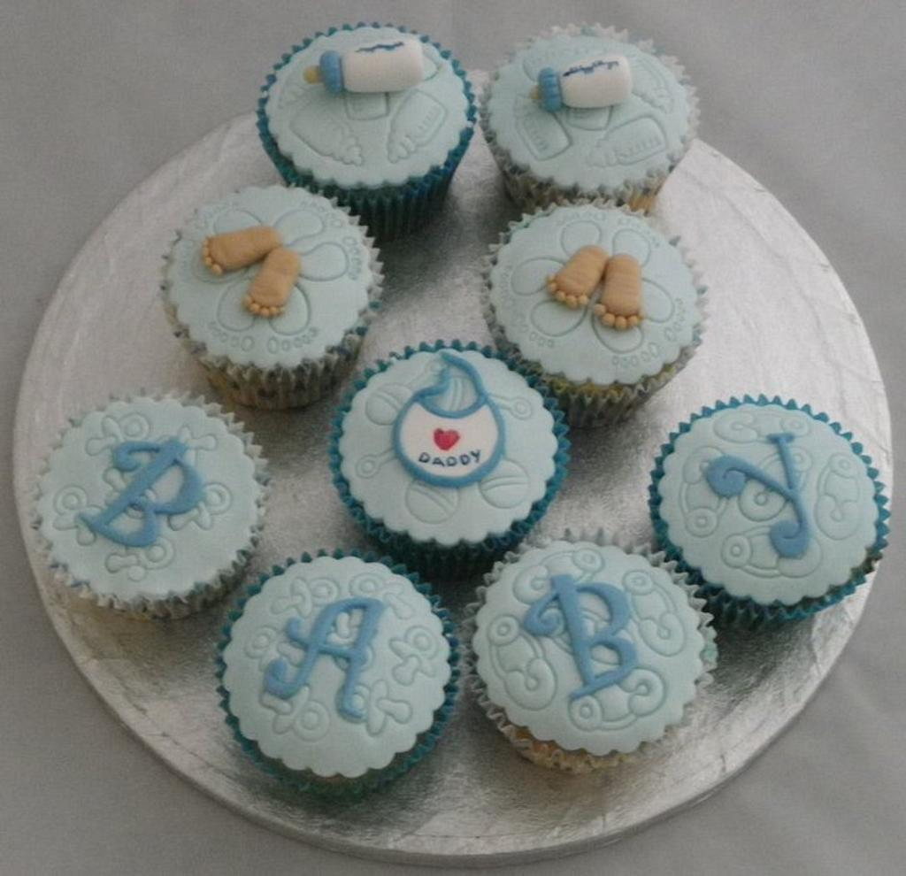 Baby Shower Cupcakes by Kazmick