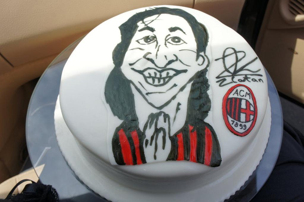 Zlatan Ibrahimovic cake by kikartcakes