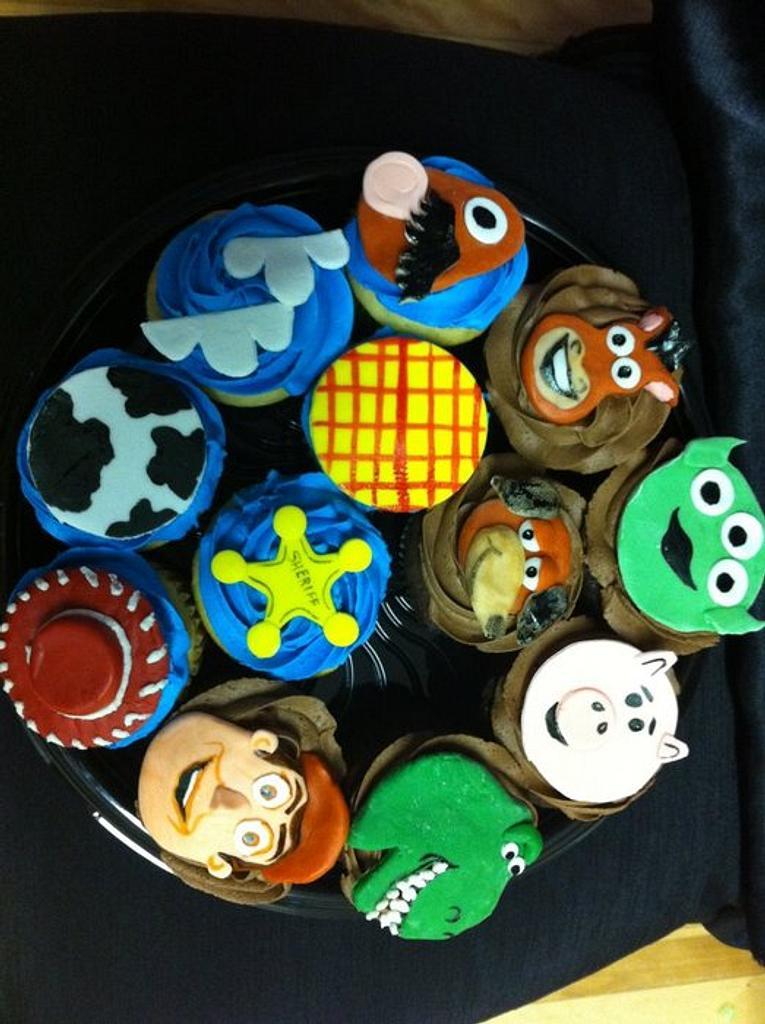 Toy Story Cupcakes by cakesbymary