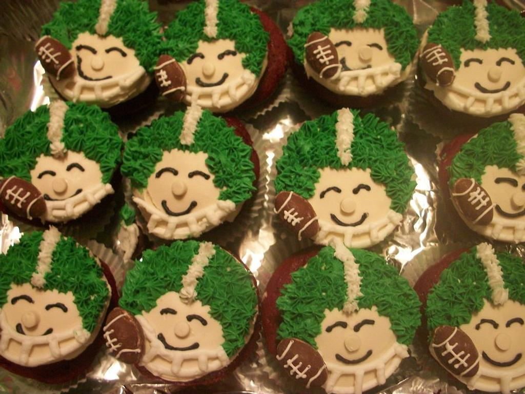 Football cupcakes by Sher