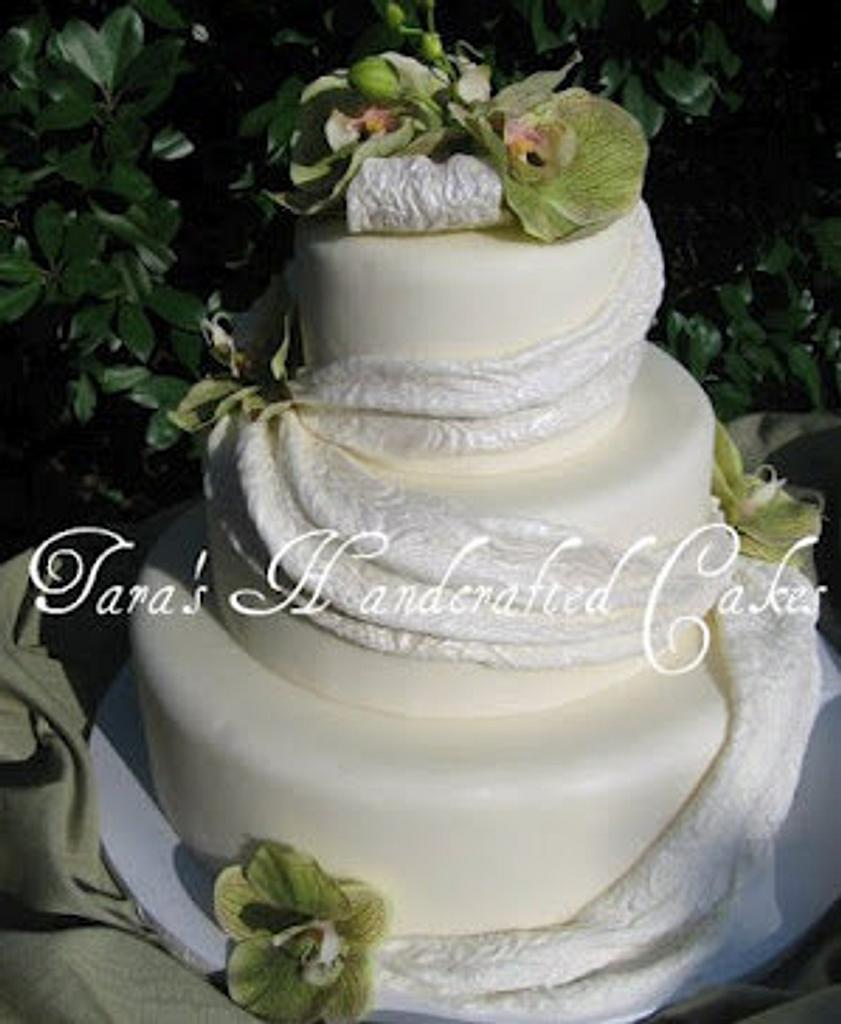 orchid wedding cake by Taras Handcrafted Cakes