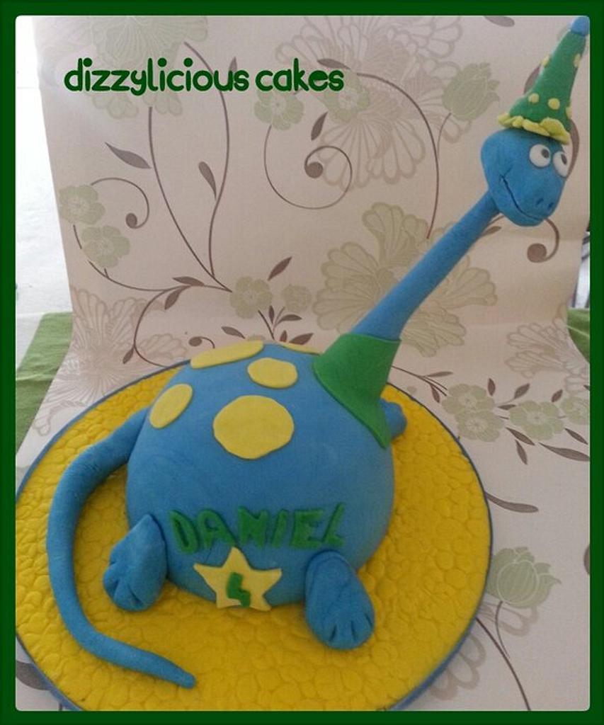 happy dino cake by Dizzylicious