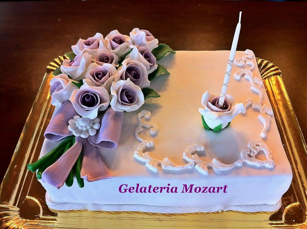 Bouquet of violet roses  by Gelateria Mozart