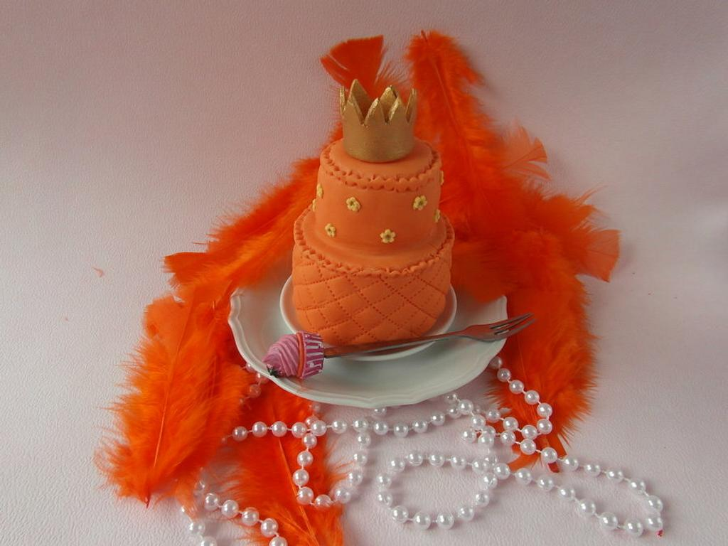 mini cake for Queen's day by Carla