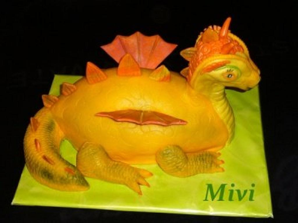 dragon cake by mivi