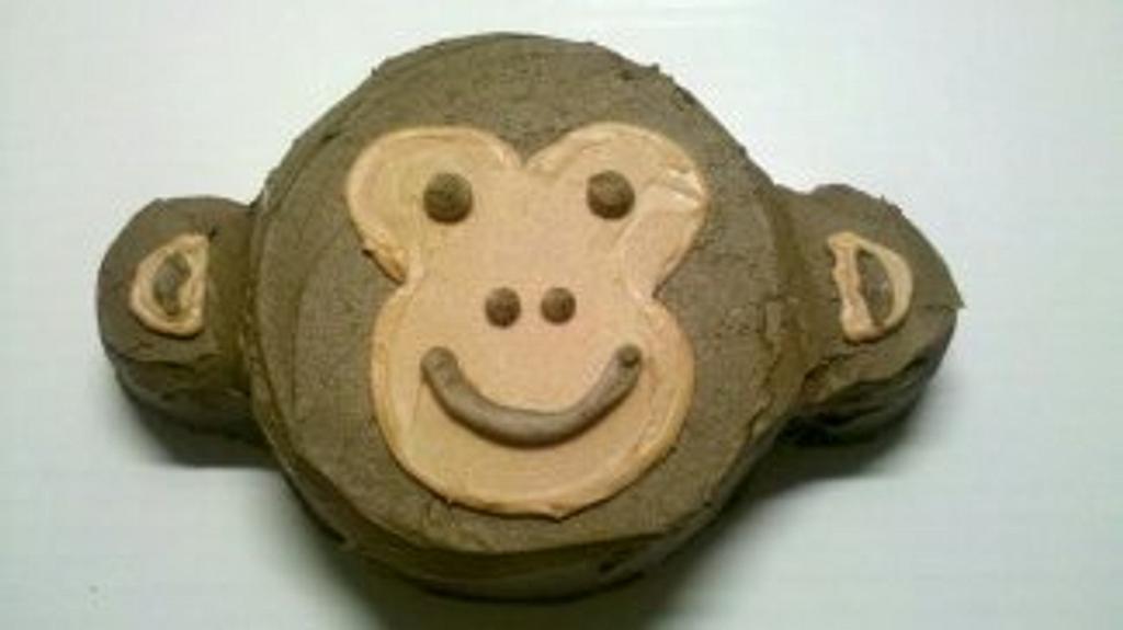 Monkey Smash Cake by Christa