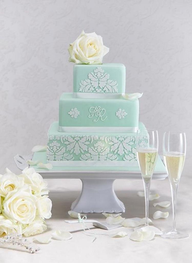 Mint green wedding cake by Hana Rawlings