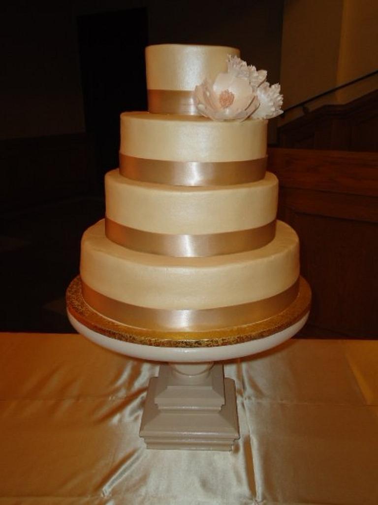 Ivory Wedding by Kim Leatherwood