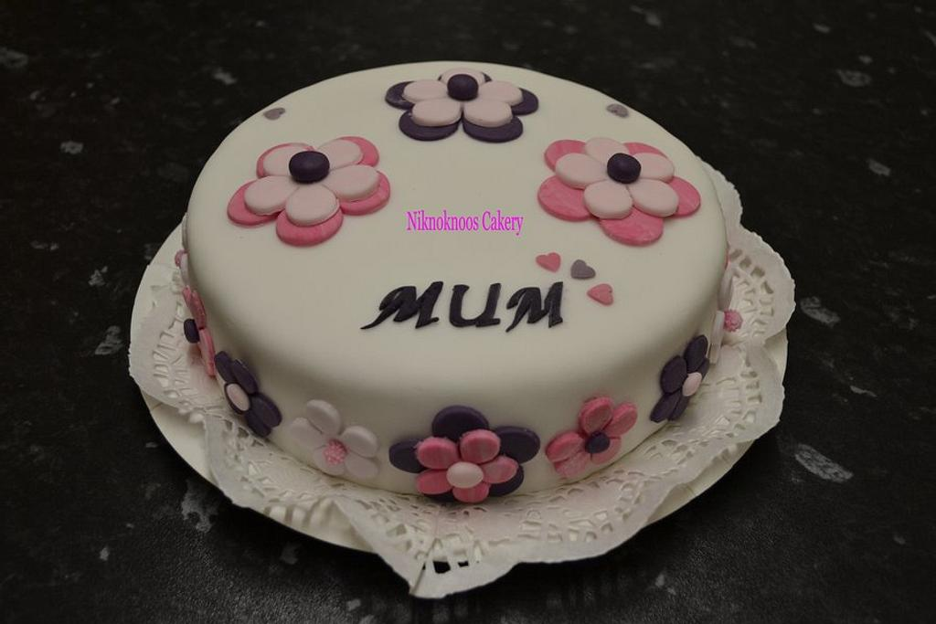 Mother's day cake by Niknoknoos Cakery