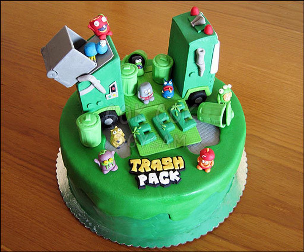 Trash Pack Cake by cokcokdoysam