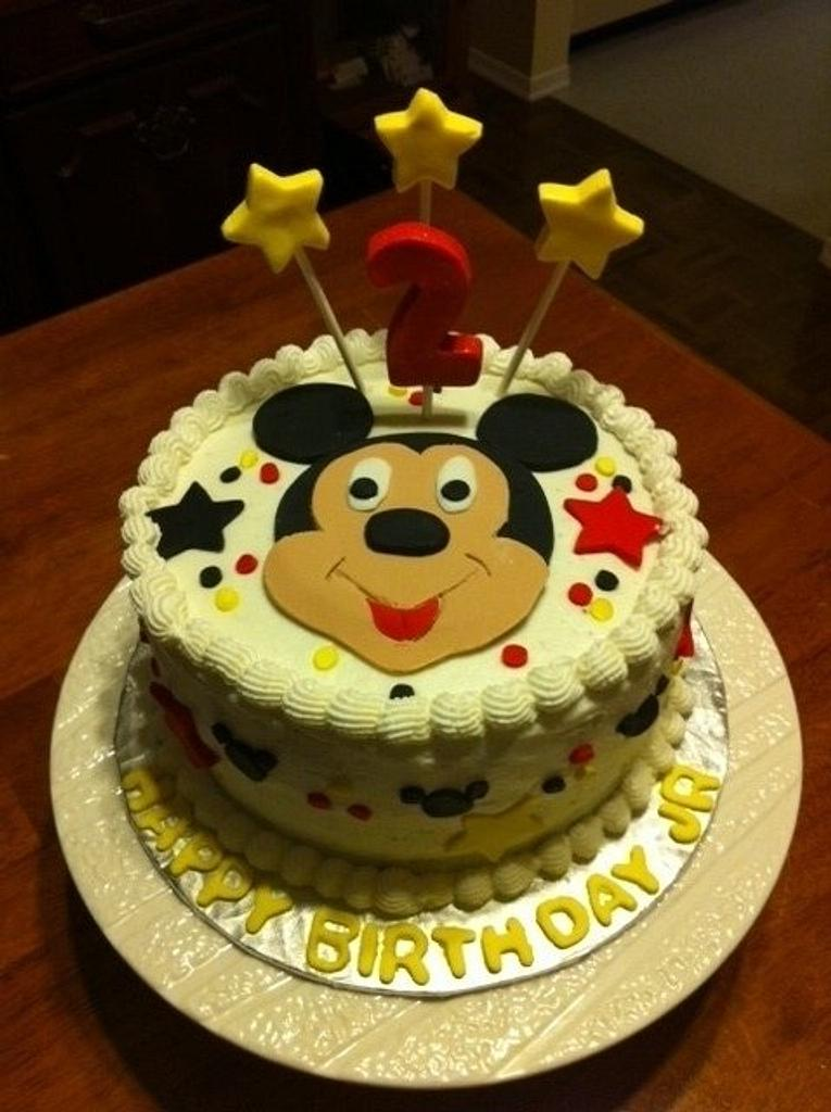 Mickey Mouse Birthday Cake by Vilma
