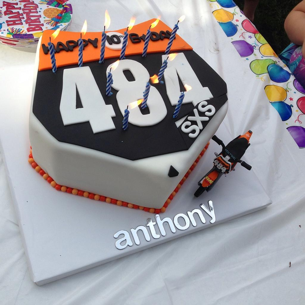 Dirt bike cake by Sugared Tiers