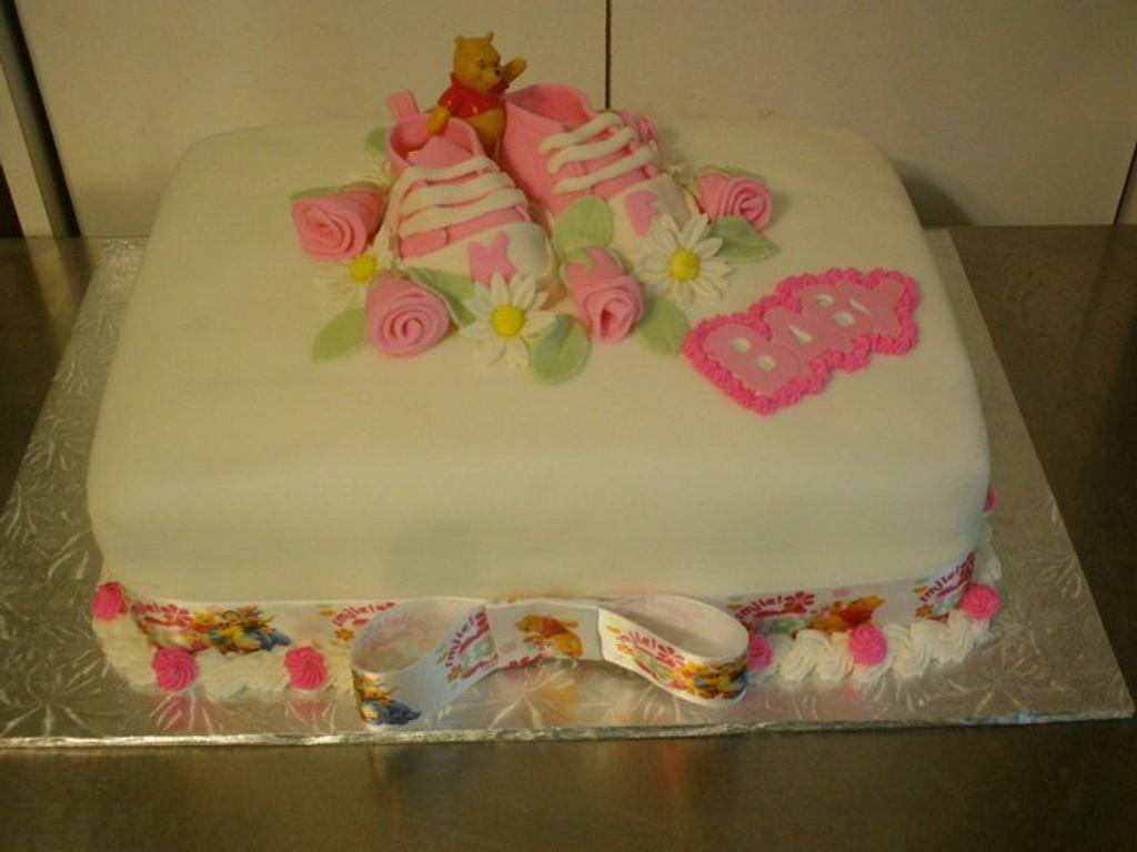 Baby Shower cake by Tara MacLean