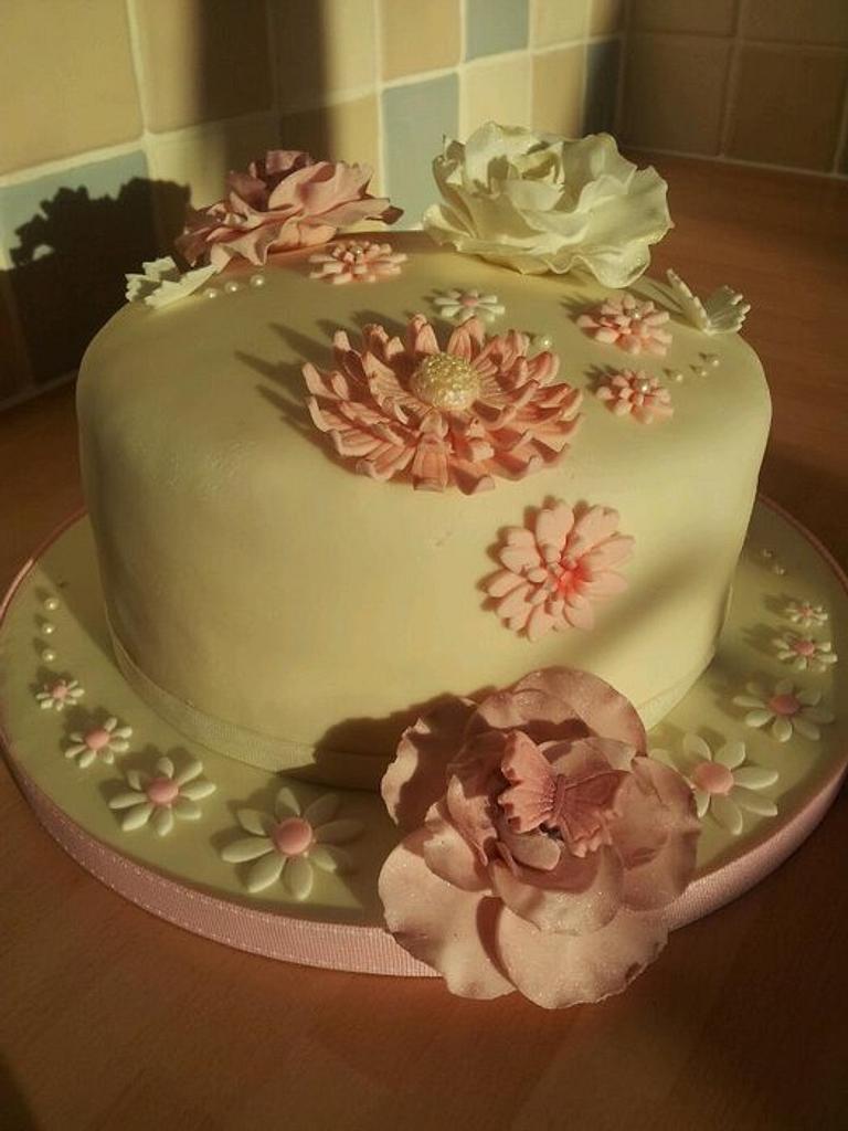 girly cake by Kimberly Fletcher