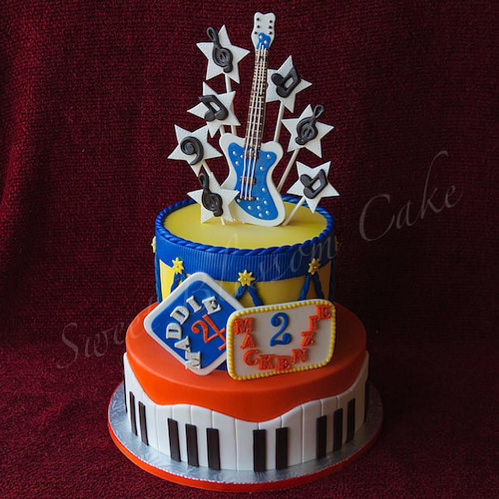Music Cake by Tatyana