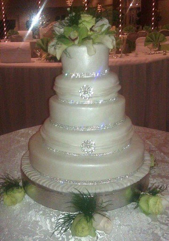 Lavish Wedding by Wccakes