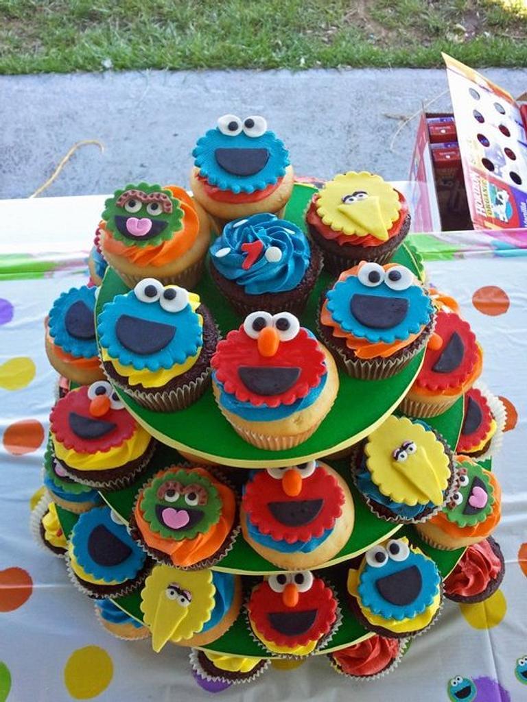 Sesame Street Cupcakes by Karen
