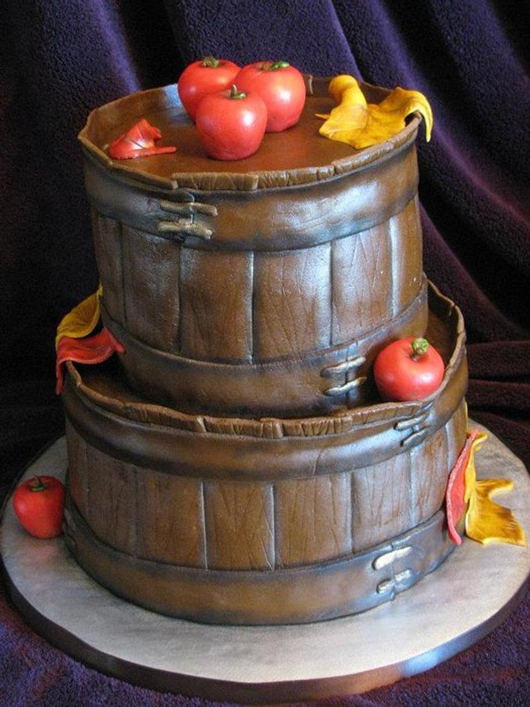 apple basket cake by Stephanie Shaw
