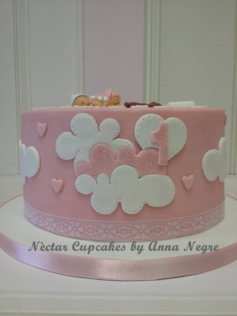 baby born fondant cake by nectarcupcakes