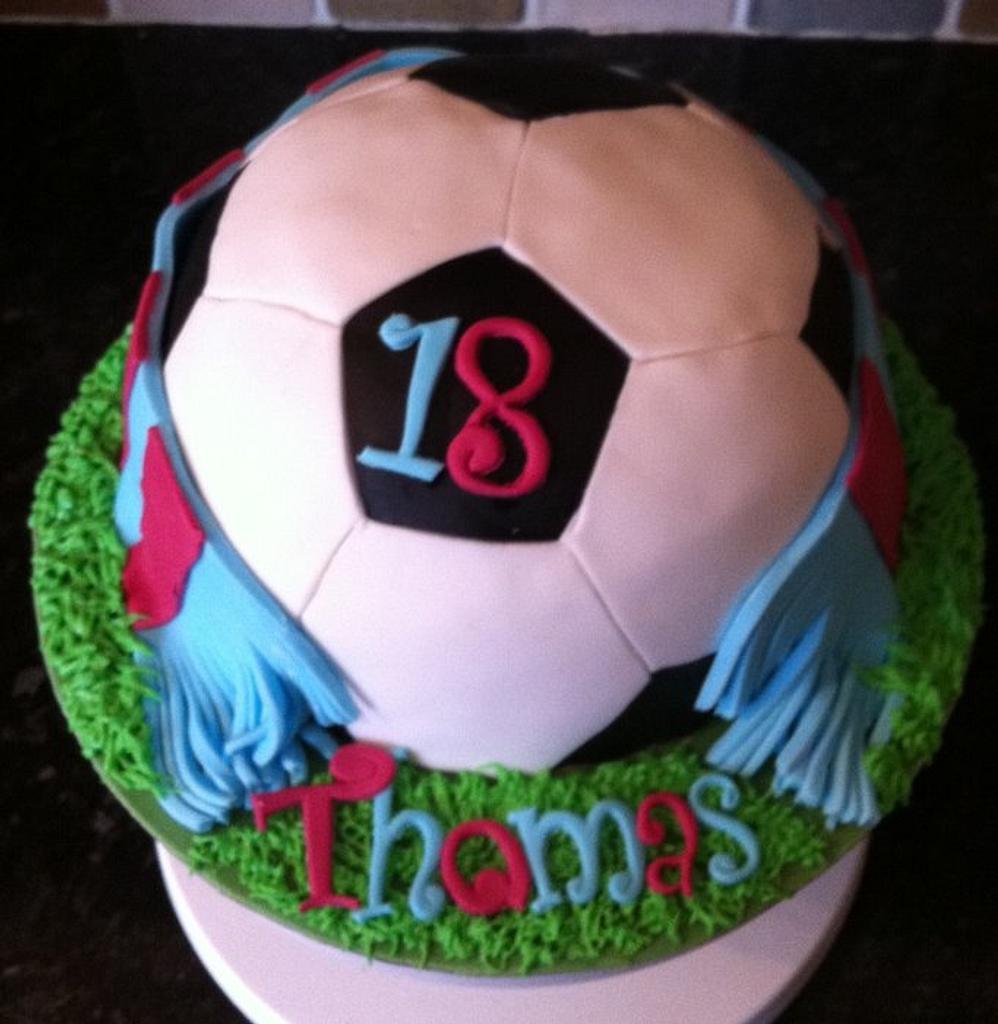 Aston Villa football cake by salco