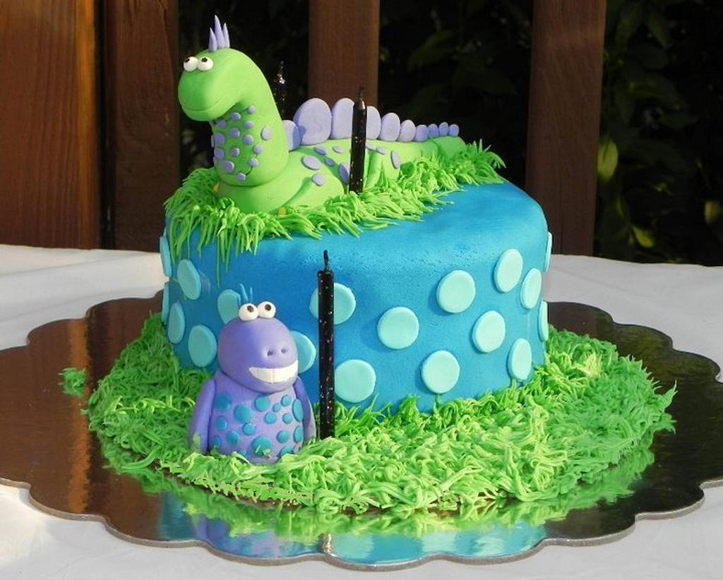 Dinosaur Cake by Karen