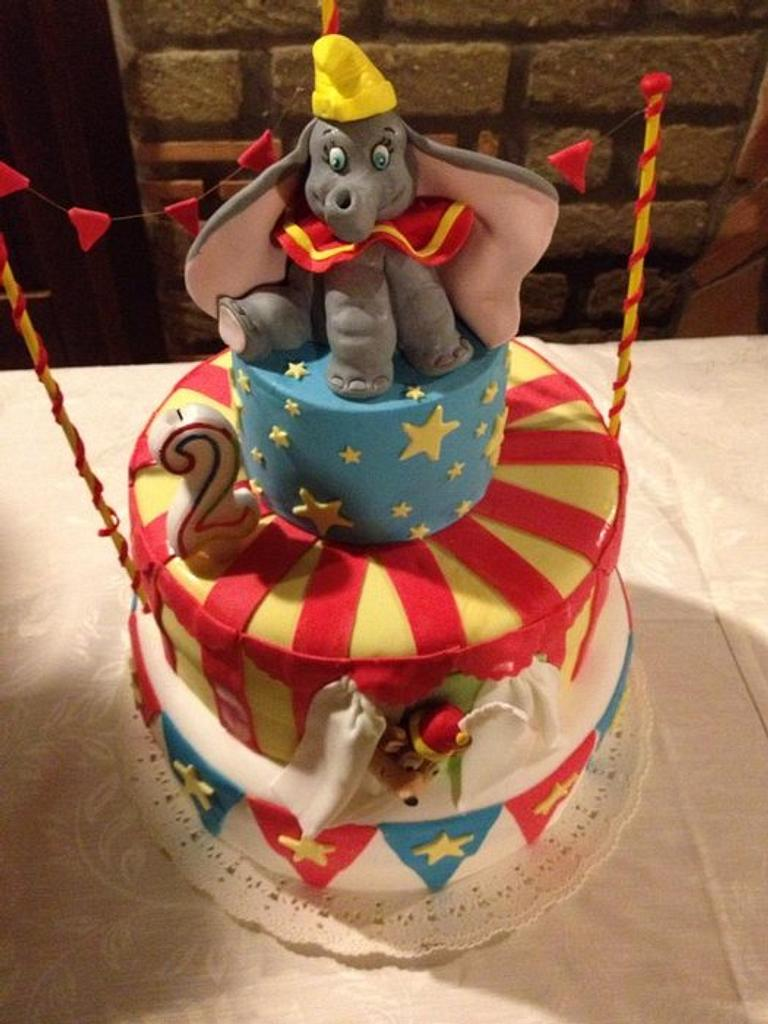 Dumbo by Lillascakes