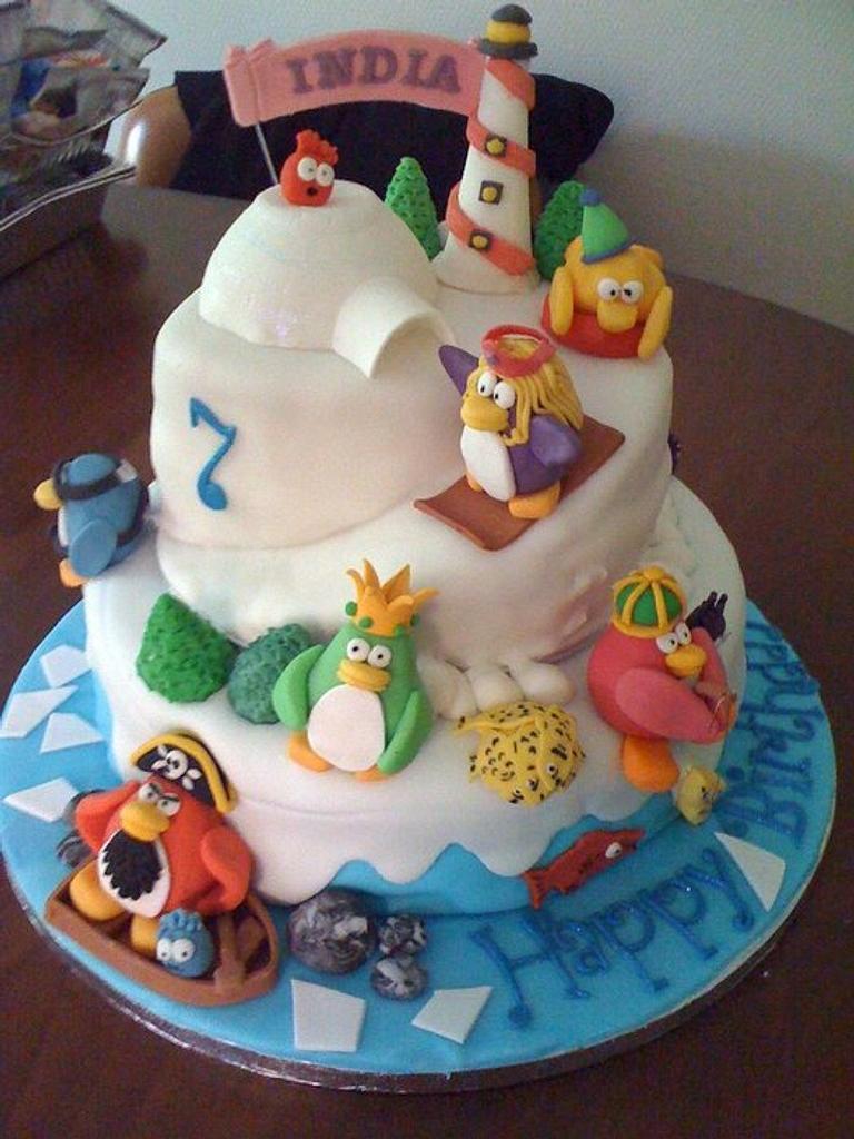Club Penguin Cake by salco
