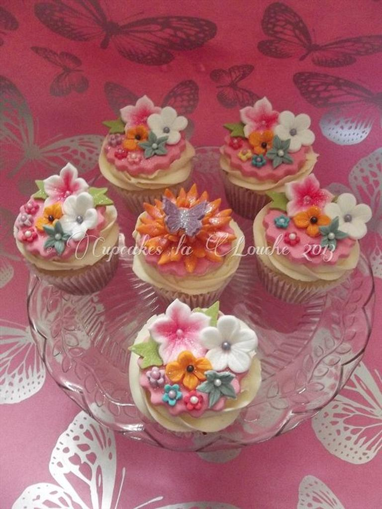 3rd Birthday cupcakes for a little princess by Cupcakes la louche wedding & novelty cakes