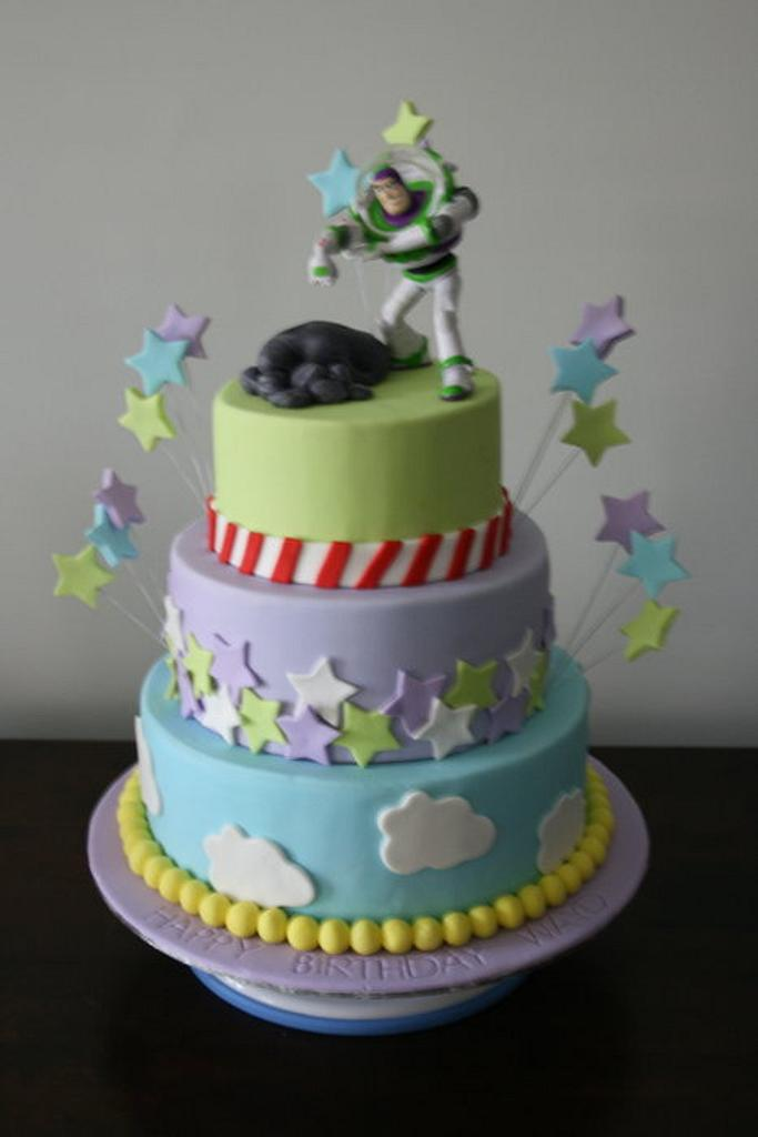 Buzz Lightyear by Sweet Tooth Cakes