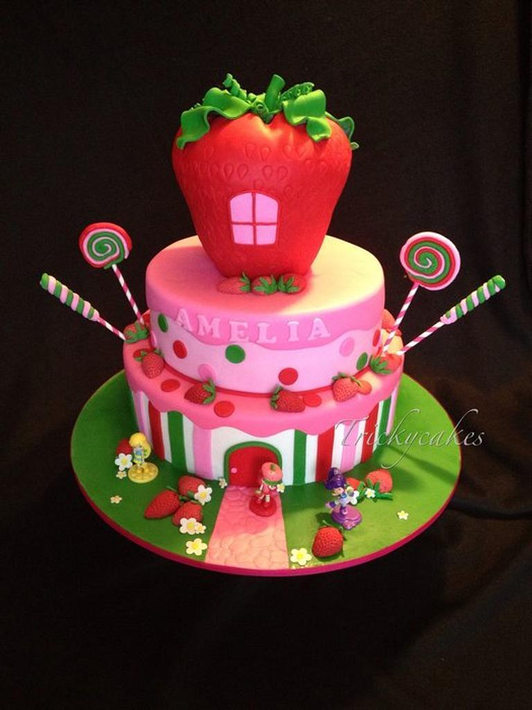 Strawberry shortcake by Trickycakes