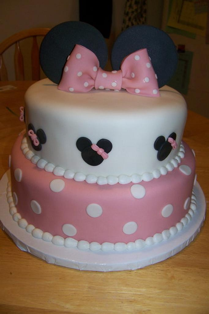 Minnie Mouse Cake by Elizabeth Jones