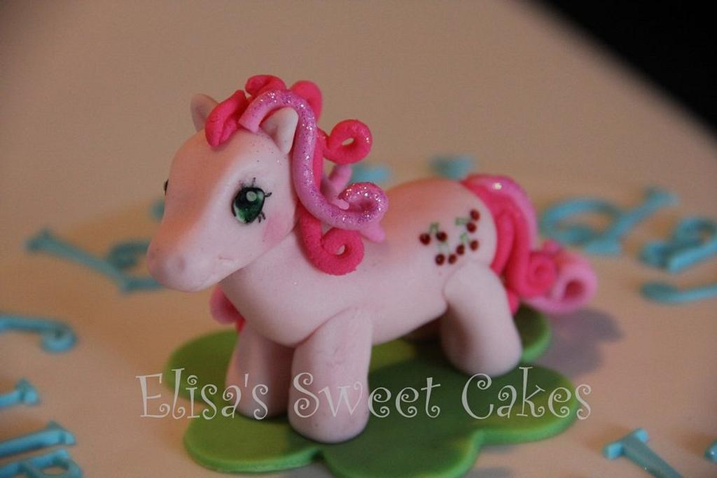 My Little Pony (Gumpaste) by Elisa's Sweet Cakes
