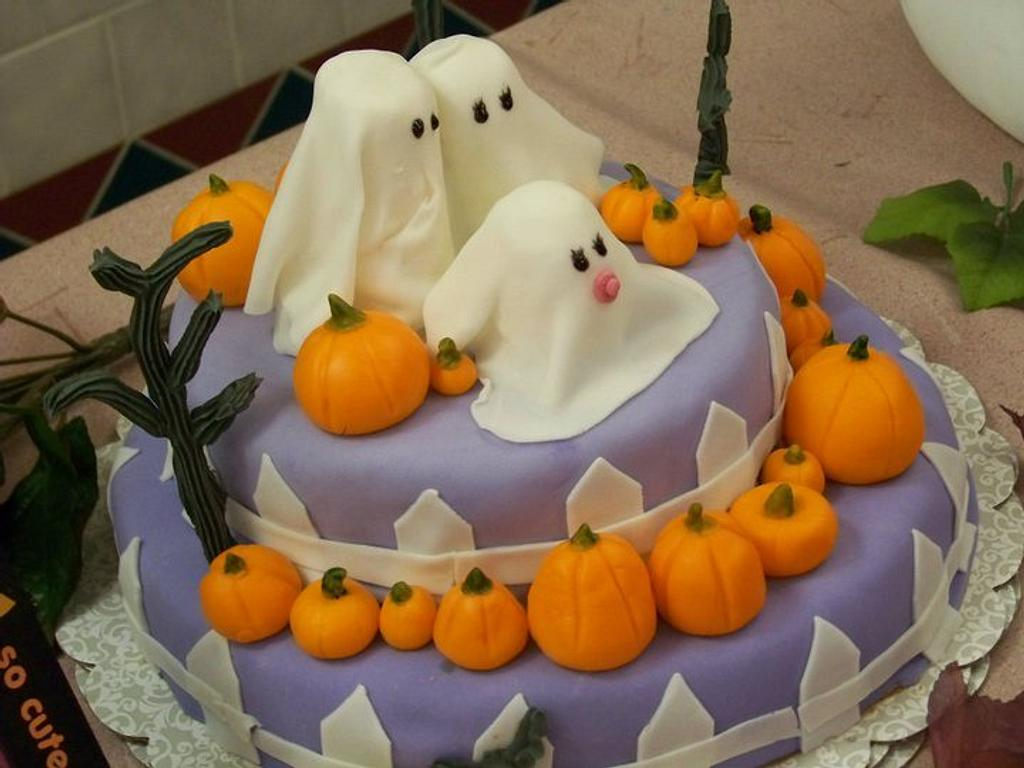 Halloween/Baby Shower cake by Mary