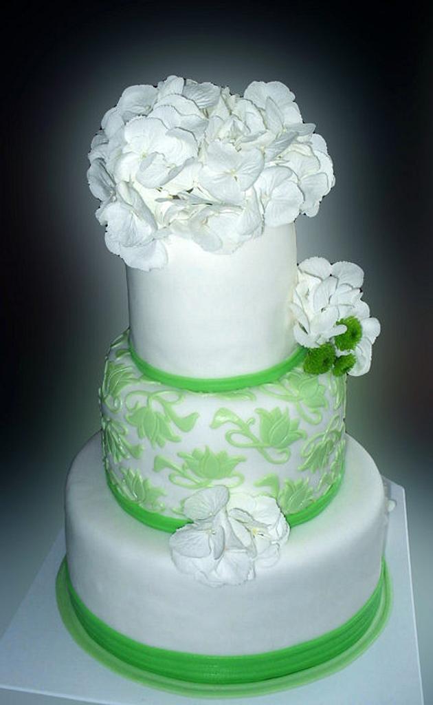 White/green cake by Alena