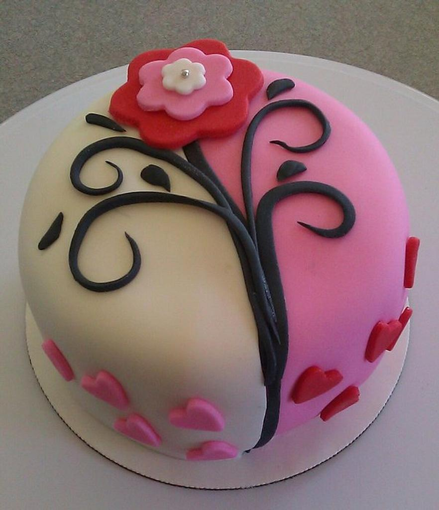 Valentines Day Cake with Flower by Carrie