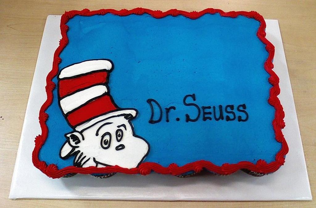 Dr. Suess Cupcake Cake by lanett