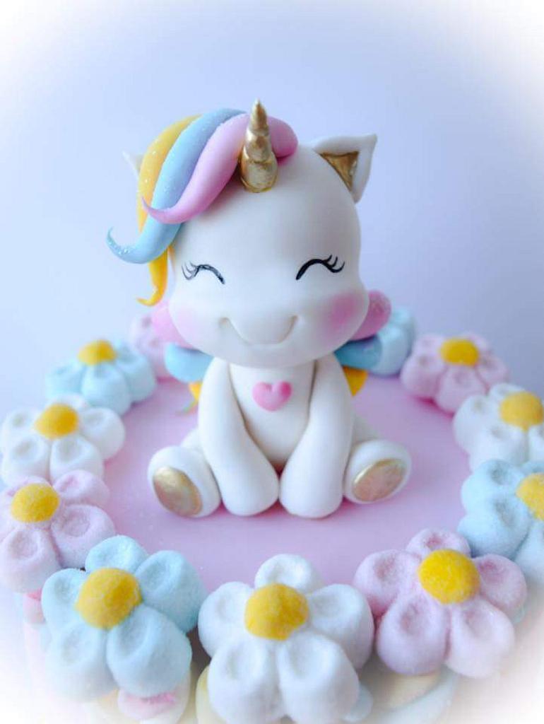 Marshmallow unicorn cake  by Angela Cassano