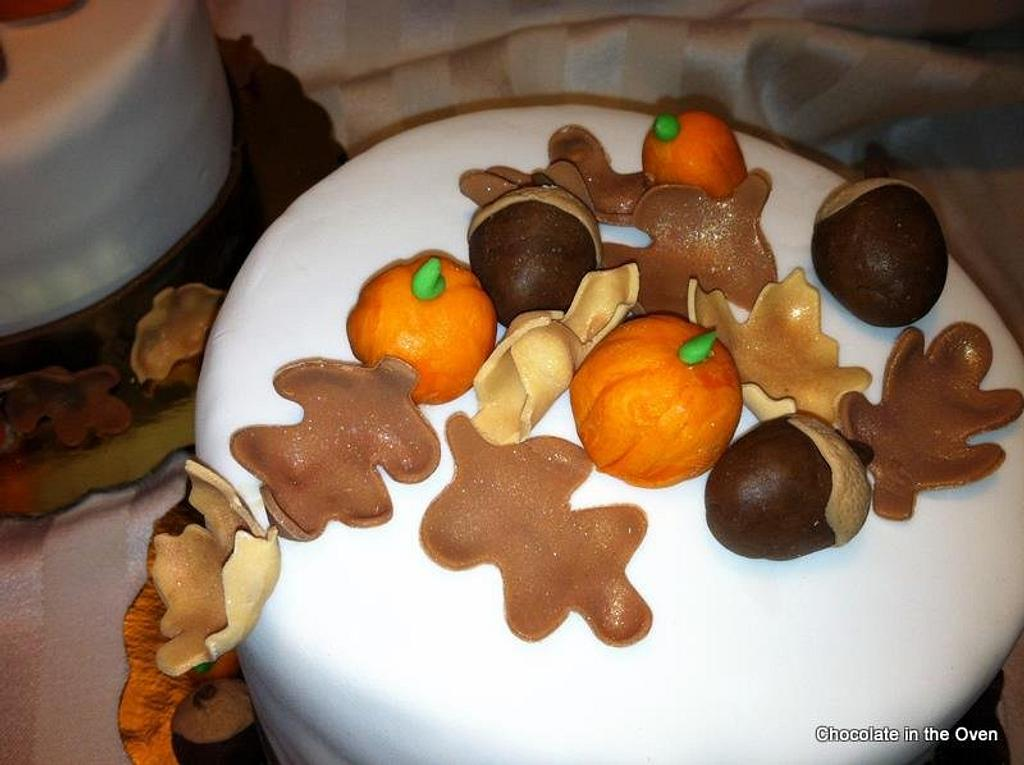 Thanksgiving Day Cakes by Cathy