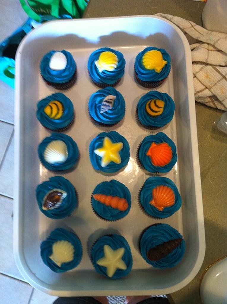 little mermaid cupcakes by Jen Scott