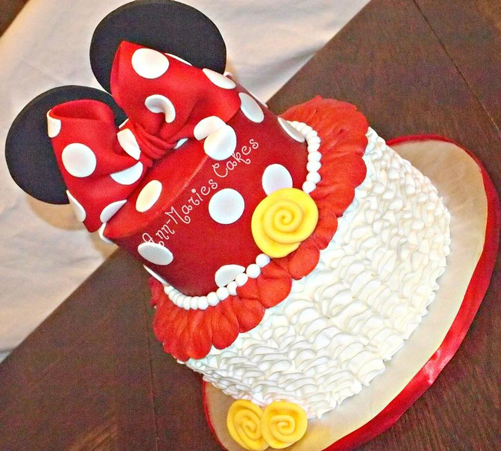 Minnie Mouse my way by Ann-Marie Youngblood