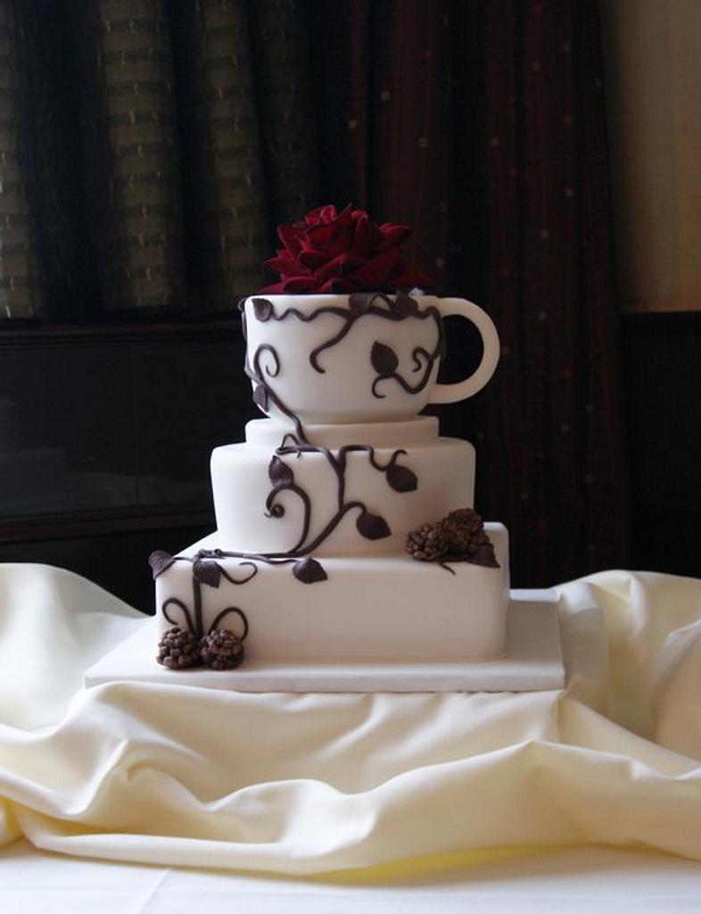 Vine & Coffee Wedding Cake by Jayne Plant