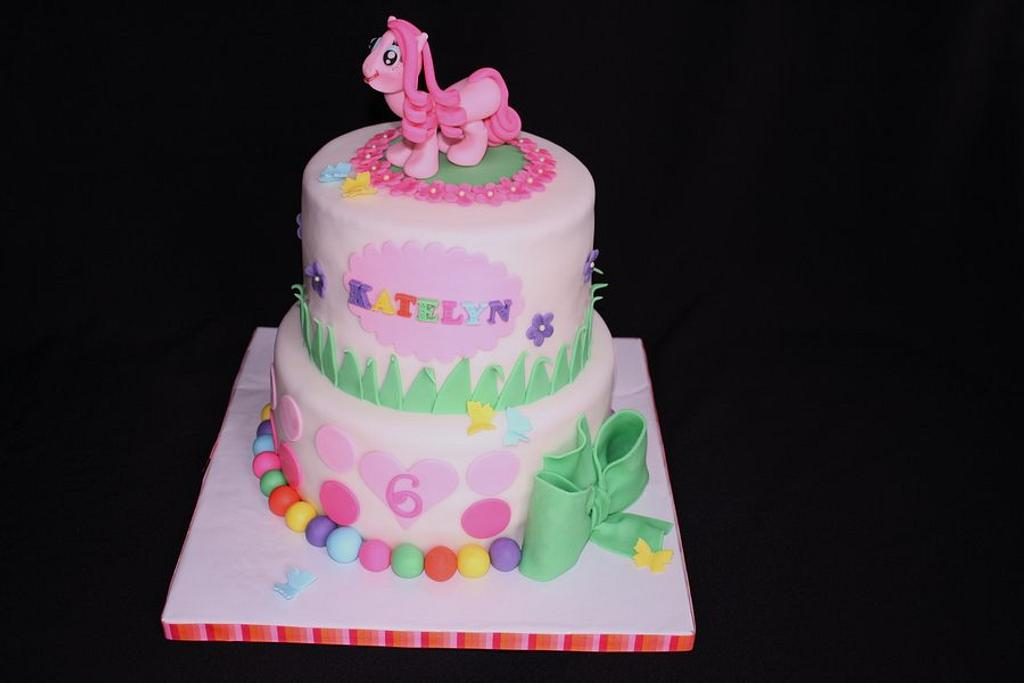 My Little Pony Cake by CakeCreationsCecilia